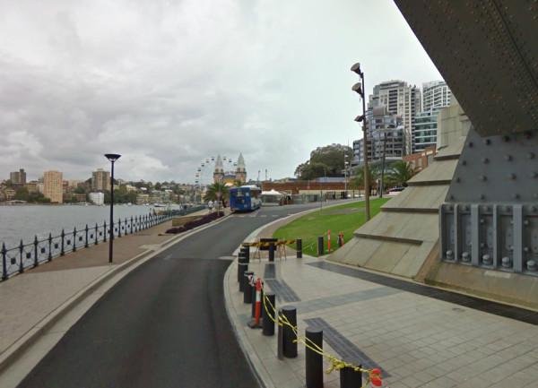 Oympic Drive, Sydney, Australia, -33.850138,151.211636